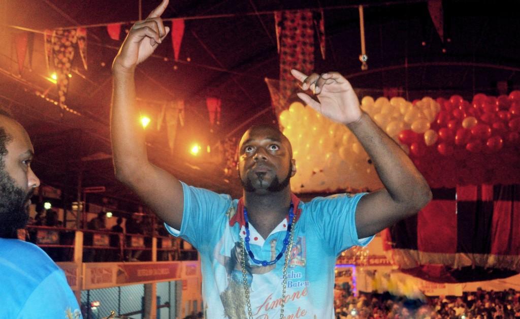 Leo, mestre de bateria da Curicica (Foto: Divulgação)